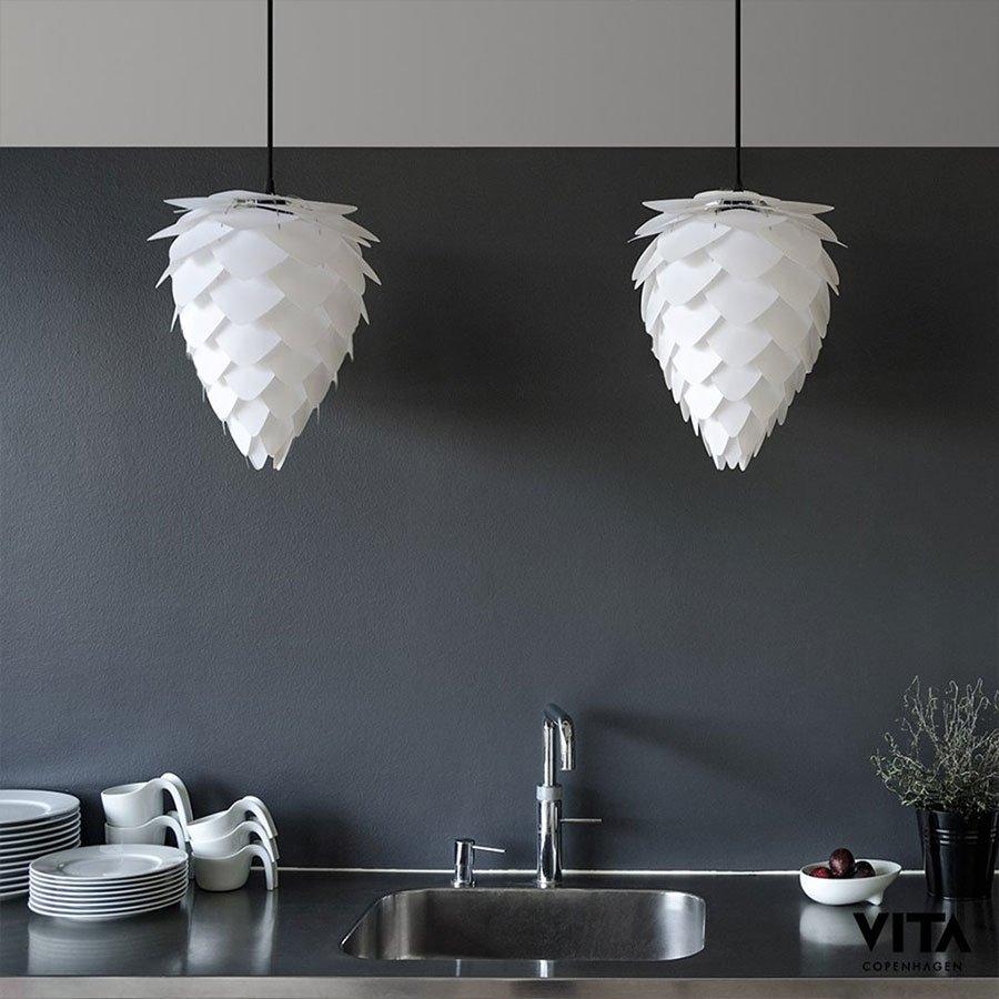 Vita Conia Lampe Sort Mini   Interiør på nett