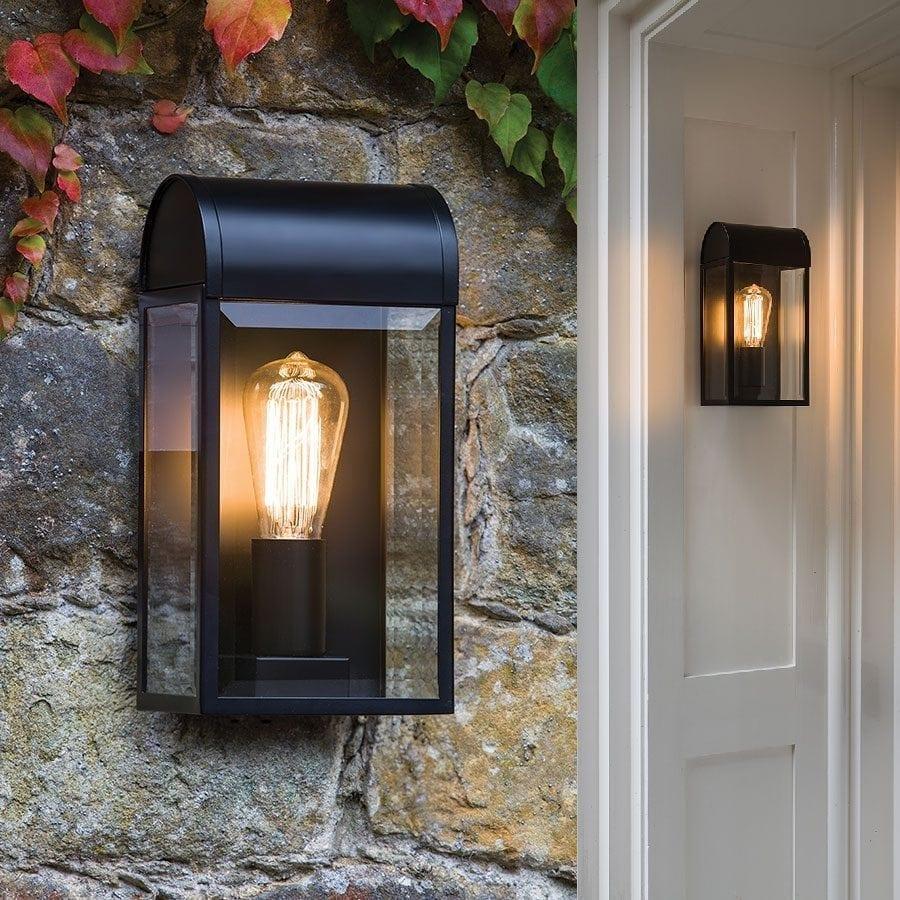 Newbury Vegglampe-0