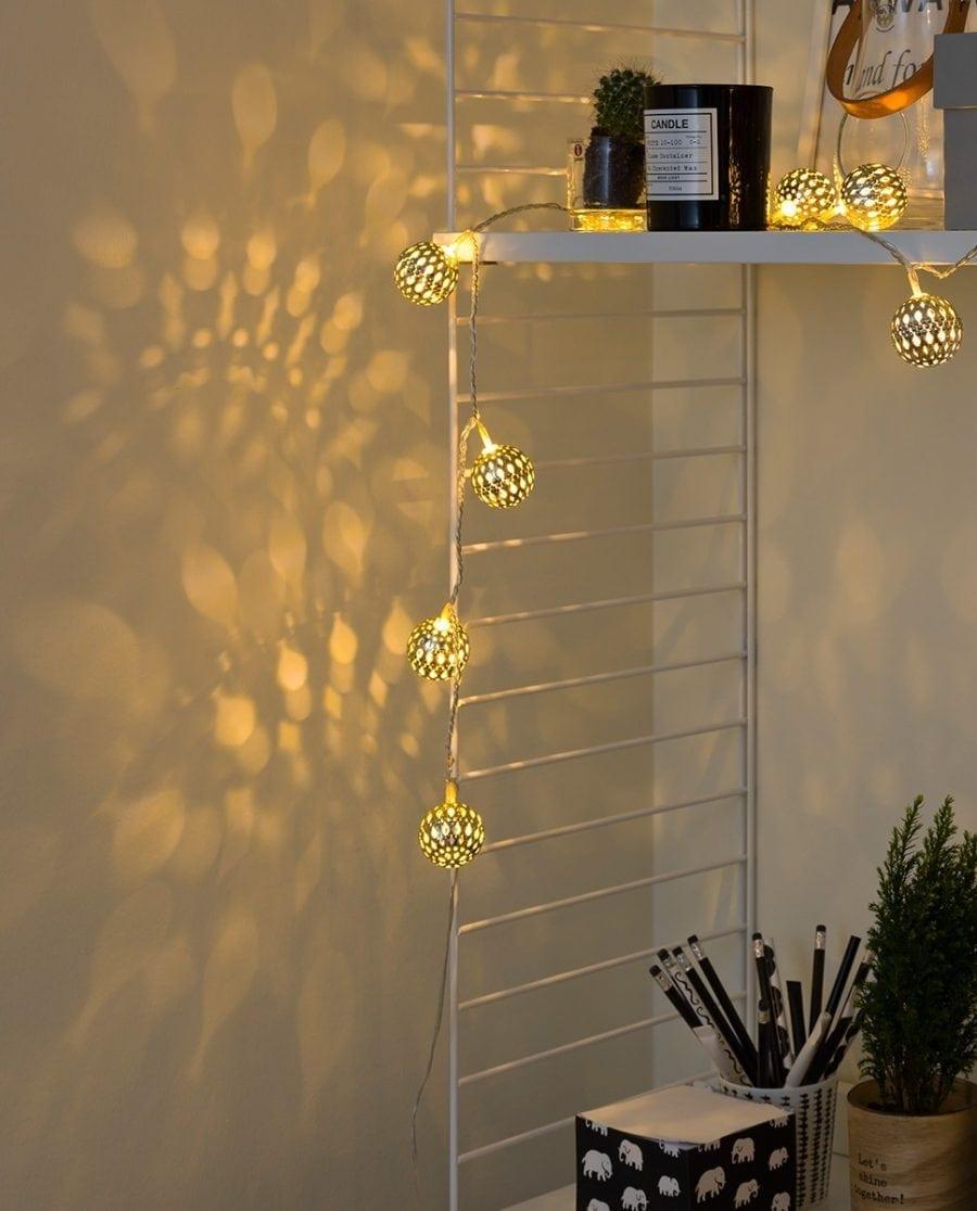 Metallballer LED Lysslynge 24 Lys Sølv-64165