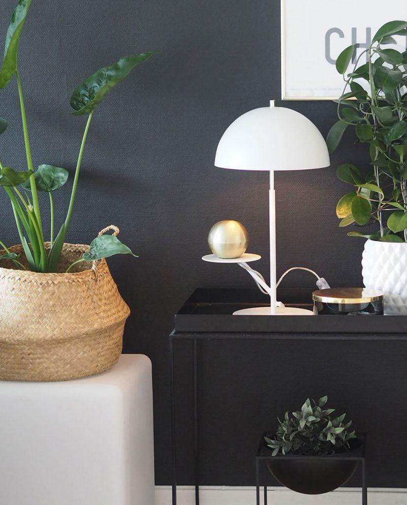 globen lighting butler hvit bordlampe. Black Bedroom Furniture Sets. Home Design Ideas