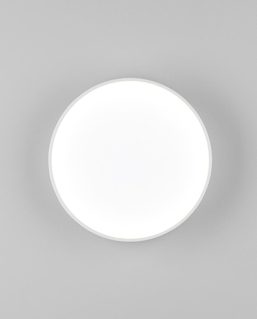 8021-Kea-250-Round-Vegglampe