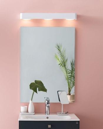 lys over speil