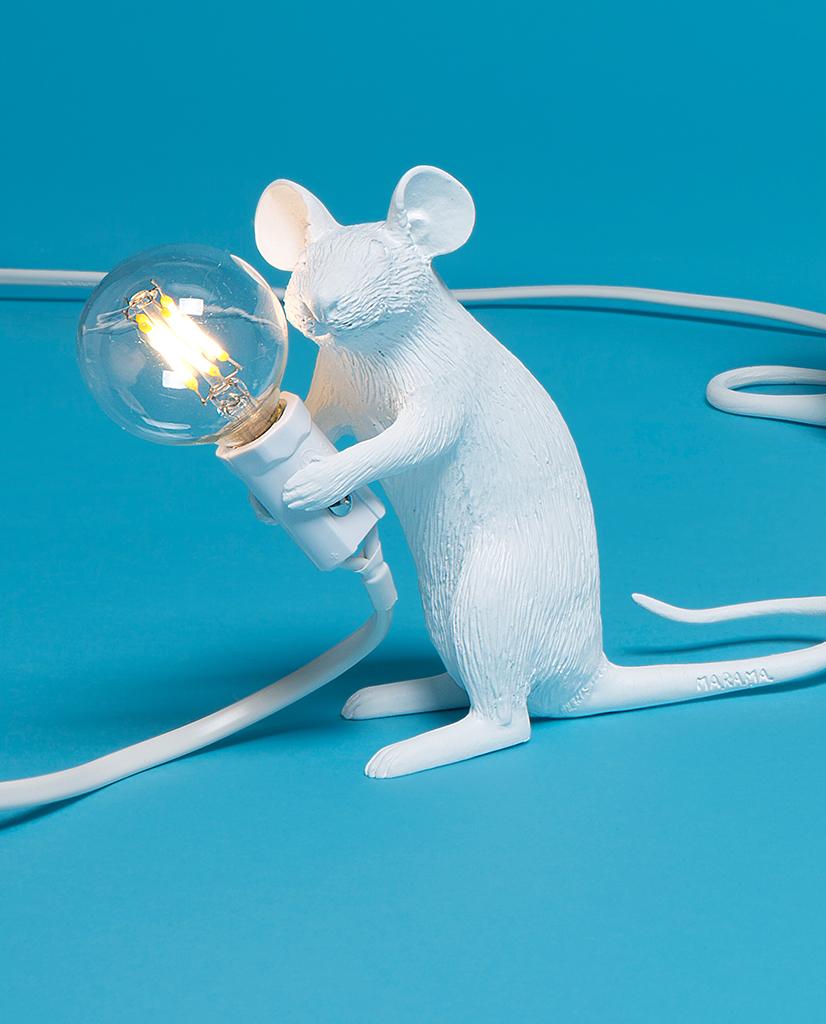 S14884-Seletti-Sitting-mac-LED-Mouse-Bordlampe_1