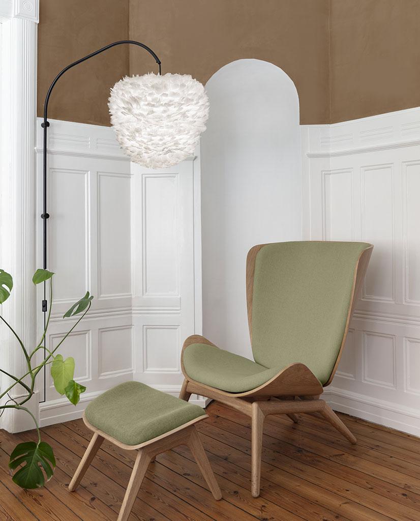 UMAGE Eos Medium Fjær Hvit Lampeskjerm | Designbelysning.no
